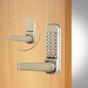 Codelocks deurslot CL405 voor- en achterzijde