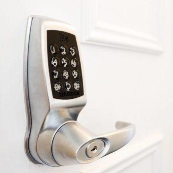 Codelocks SMART deurslot CL4510 op deur