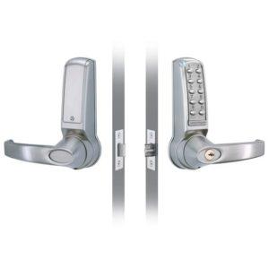 Codelocks elektronisch deurslot CL4010 voor- en achterzijde