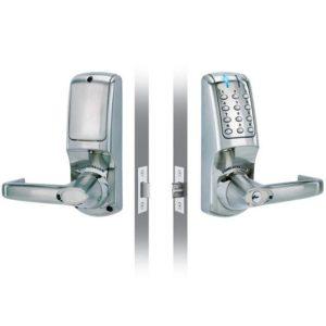 Codelocks elektronisch deurslot CL5010 voor- en achterzijde
