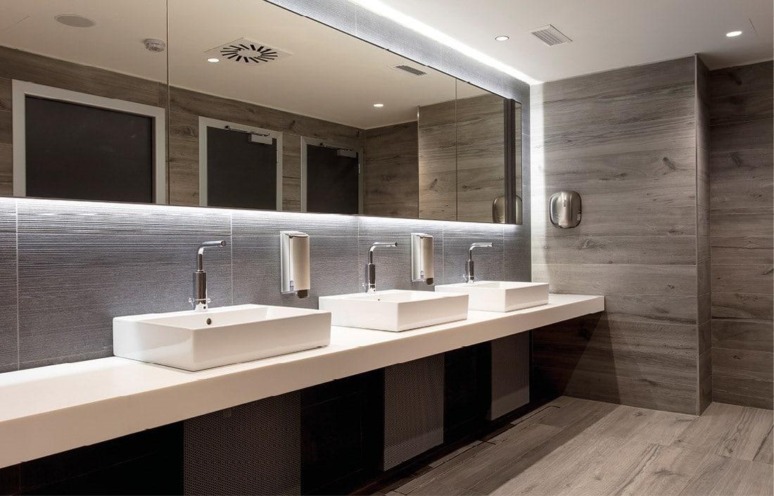 Spiegels met wastafels fitness